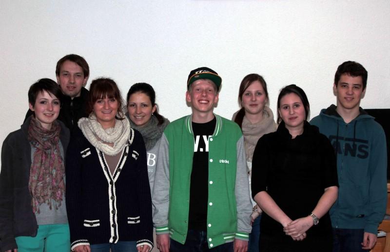 von links: Lea Schmid, Martin Baumann, Alisa Riedl, Ann-Kathrin Bimber, Julian Glowatzki, Elisa Ebenhoch, Selina Brandl, Benjamin Rauneker
