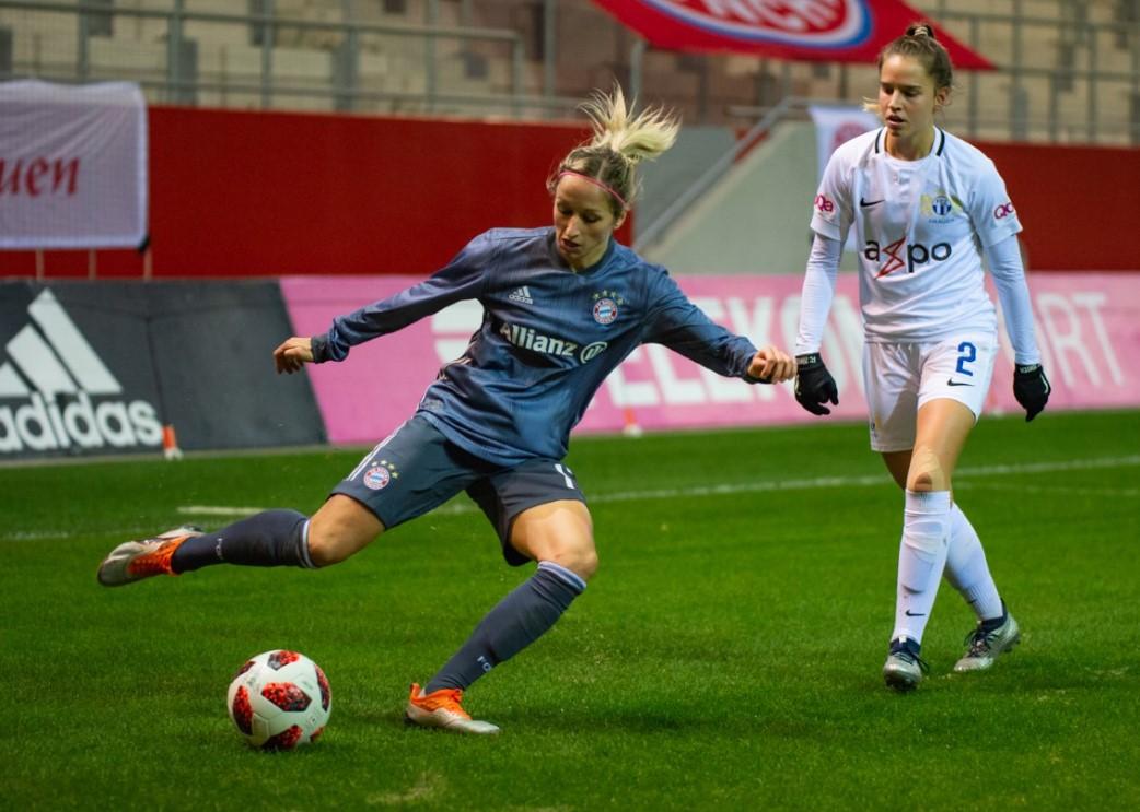 FC Bayern-Interview zum Spiel in Arnach